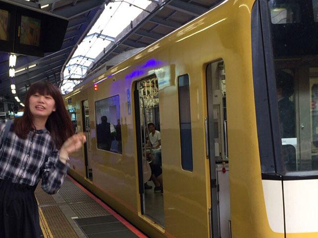 黄色い電車と念願のツーショット。