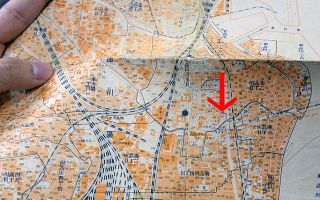 古地図に残された手書きの印。その場所に行ってみます