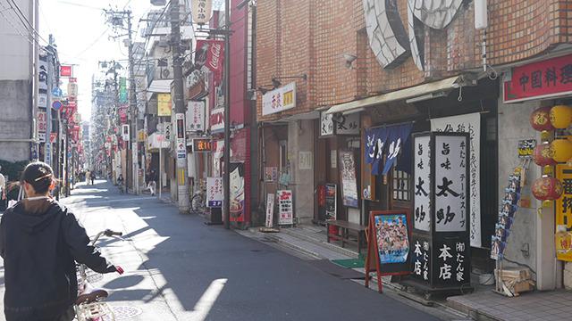 仙台駅から地下鉄で2駅。牛たん発祥の店に行く