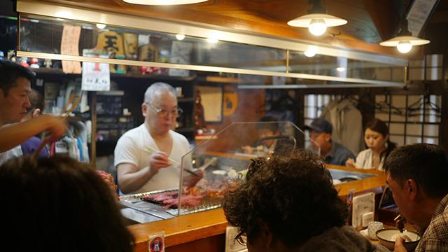 めちゃくちゃ人気あった。肉の焼ける匂いがたちこめる。これはテンションが上がる