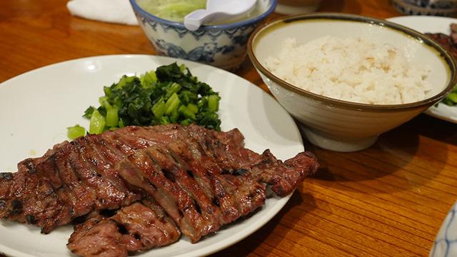 牛タンを食べに仙台に行く