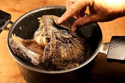 皮はプニプニでクニュクニュ。煮込んだらおいしそうだ。