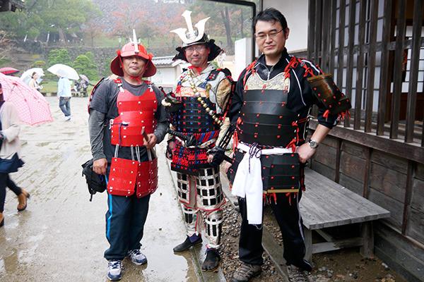 向かって右の方は埼玉から、あとの2人は岡山から。埼玉の方だけこの日知り合って初対面とのこと