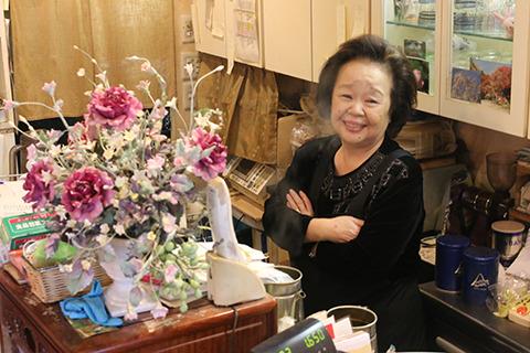 笑顔のママさん。その節は電話でご迷惑をおかけしました。