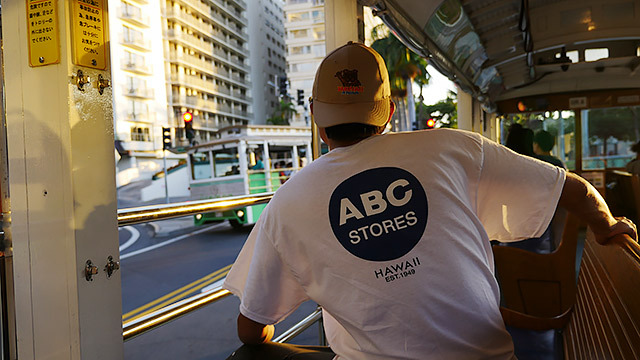 ABCストアのTシャツ