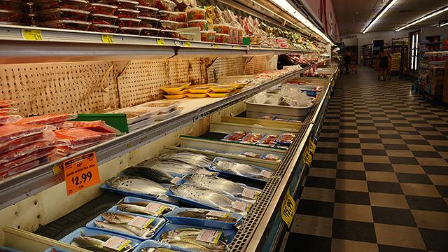 これは日本人がいない地域のハワイのスーパー