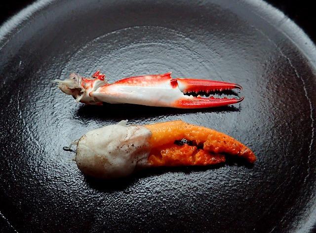 カニの爪のボイルとカニノツメのボイル。