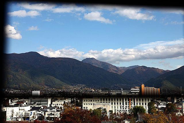 松本市の近くはすぐ山。なんていいとこなんだ。住みたい。