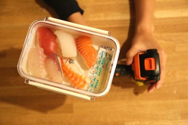 寿司をセットして回転させれば……