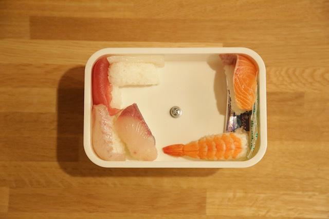 本当の意味で、散らし寿司になります。