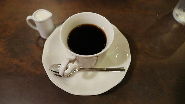 コーヒーを頼んだ