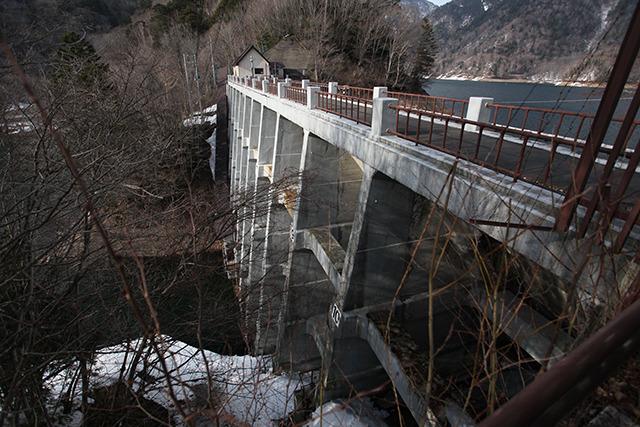 バットレス式ダムという国内で6基しか存在しない超レアな形式