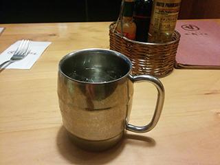 このコップは、たっぷりアイスコーヒーのコップ!
