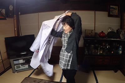 父が出て行った後、母が喜んで特攻服を着ていた。