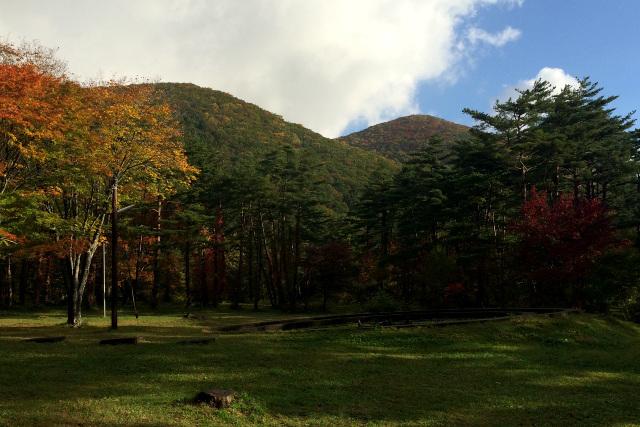 宮沢賢治の作品にも登場する鞍掛山。その麓に位置するキャンプ場
