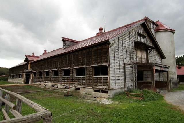 一号牛舎より古い、明治41年(1908年)に建てられた二号牛舎