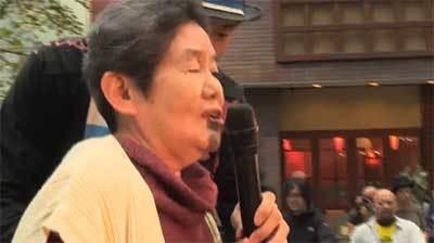 おばちゃん『ヘボコン最高ー!ご唱和ください』