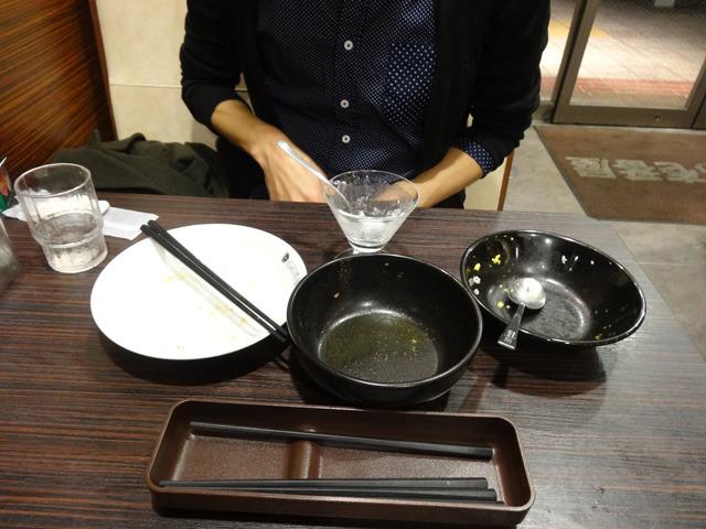 完食しました。これと、最初のカレーのお皿で食べたもの全部である。