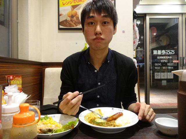 お皿を見るともうおおかた食べているのにまだ驚いている。
