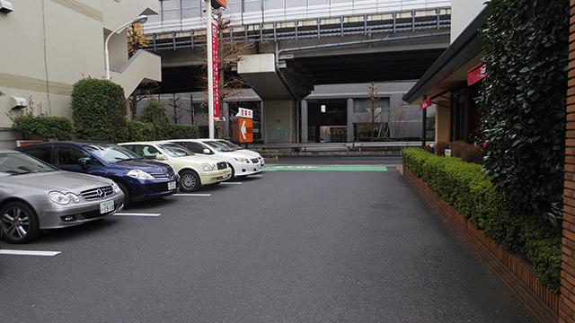 入り口に近い駐車スペース