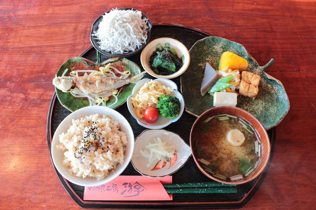 こちらは同店イチオシの「游の定食(1600円)」