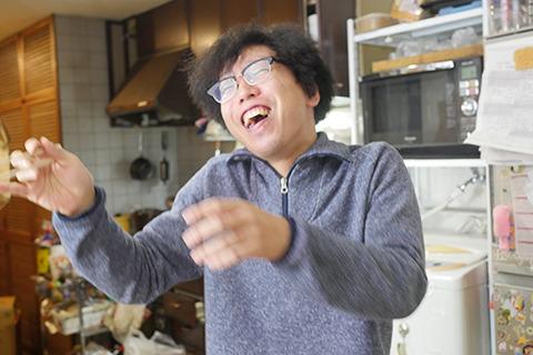 「わははははは! 寿司が熱い! 寿司が熱い!」なぜか笑いがとまらない