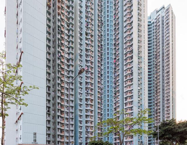 香港の団地ときたら、全体的にこんな感じで!