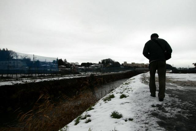 寒空の下、サンマーメンを求めて歩みを進める