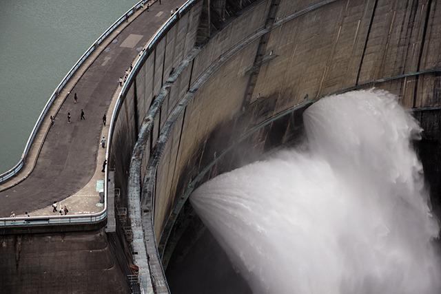 ダム好きの目から見てもやっぱり別格の存在感だと思う