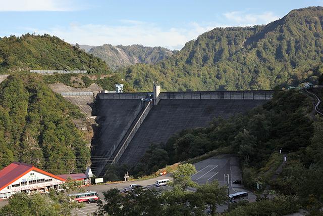 重力式コンクリートダムという形式では現在でも高さ日本一