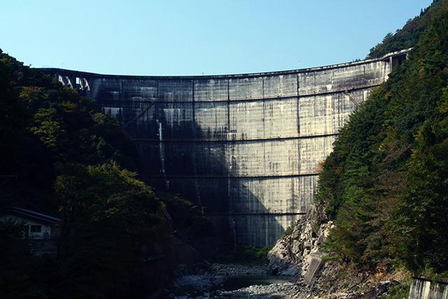 日本のアーチダムはここから始まった