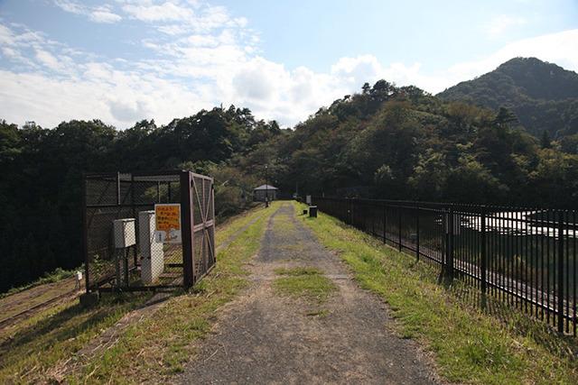 100年前はここが高さ日本一のダムだったのだ