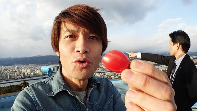 「まあ美味しいんですけどね。」「あっちが高知城です。」