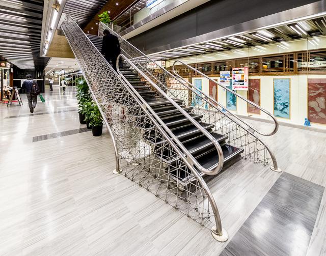 それがこれ! こんな階段、みたことない。