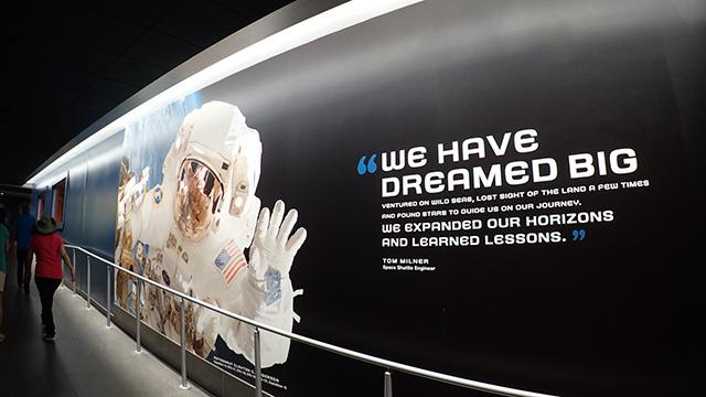 そう、人類が宇宙を夢見たように。