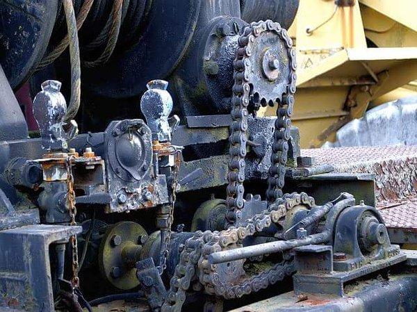 昭和43年式の牽引車に付いてる機械式ウインチ。PTO駆動(マツダのオート三輪)