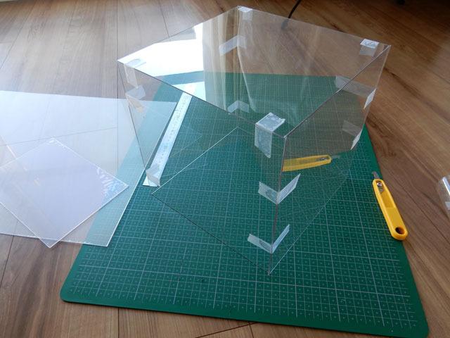 塩ビ板で立方体を作って、