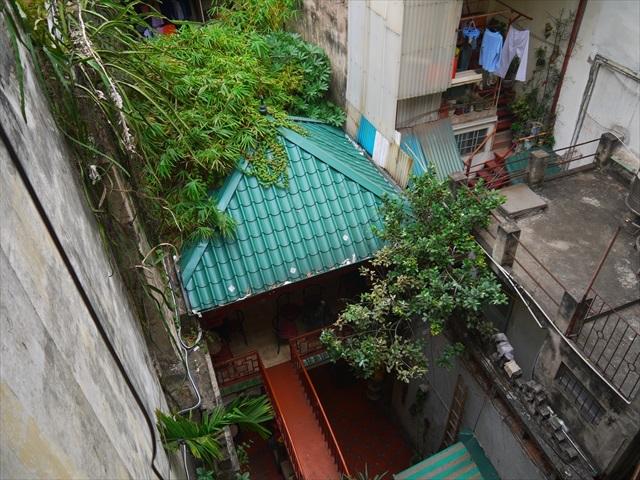 隣家の洗濯物が見えてるところもまたベトナムらしい。