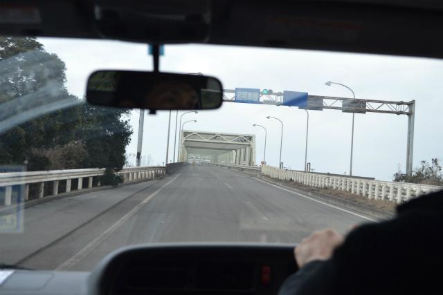 興産大橋、民間企業が自力で掛けた橋としては日本最大の鋼鉄トラス橋