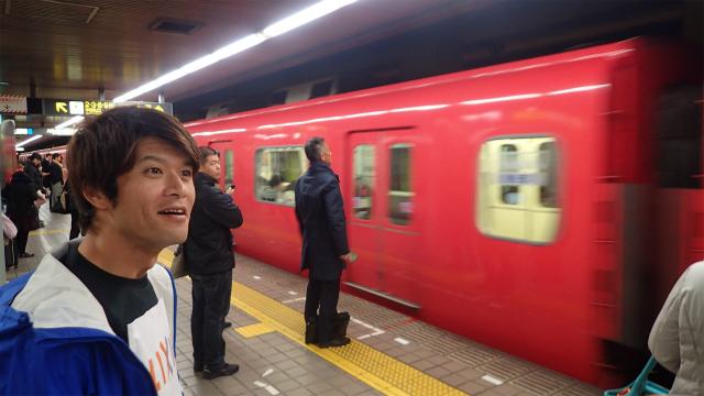 「名鉄の電車だー、昔とかわんねぇなー」(安藤談)
