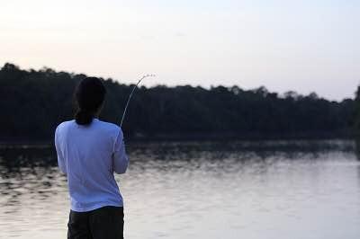 朝一番、小さめの魚(と言っても1キロ超えは当たり前)をパカパカ釣り上げ、昼前からはそれをエサにして大物を狙う。