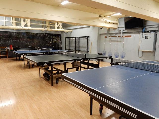 卓球スタジオに来ました。
