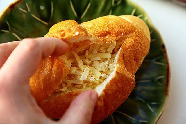 チーズをたっぷりいれる!