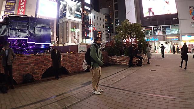 呼び出されたので、新橋駅に行きました
