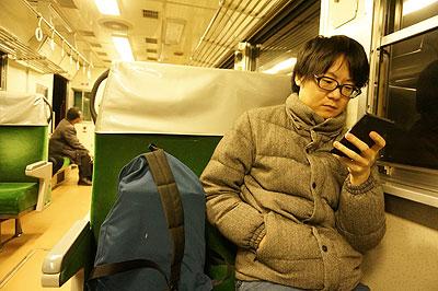 しかし帰りの電車では、ふたたびほとんど一言も喋らずに帰った(こんどは疲労で)