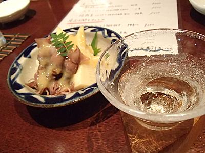 若筍とホタルイカの酢味噌がけ。一瞬もう止めてこのまま日本酒飲み続けようかと思ってしまった。