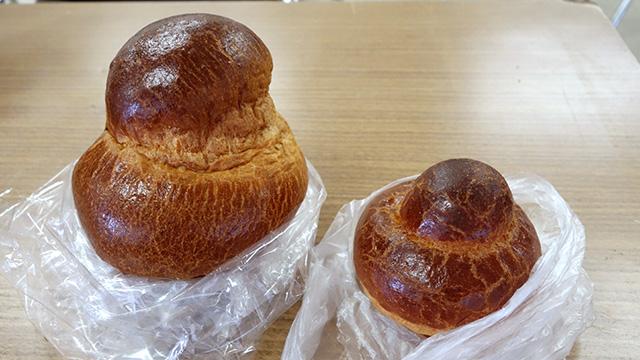左がパン食い競争のための特別版。右が通常サイズ