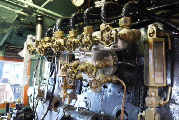 大阪市交通科学博物館で撮影した蒸気機関車内部(ダムるし_雑談)