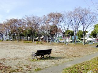 At first glance, it seems to be a normal park. But underneath it there is space to store enormous amounts of water.