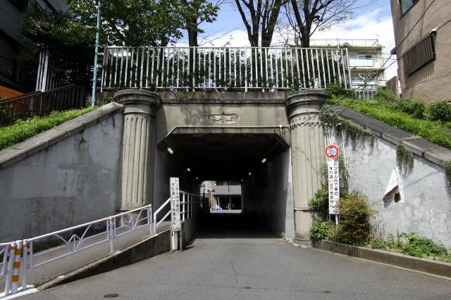 想像以上に立派なトンネルだったのだ